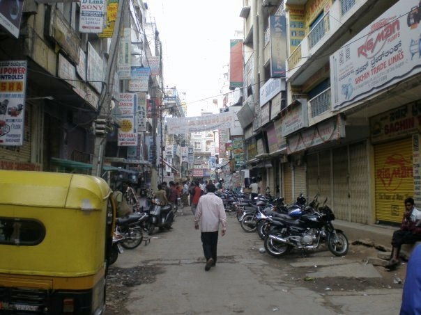 An entire avenue of electronics stores in Bangalore, c/o Sean Ellis/Flickr