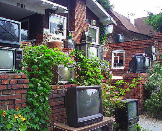 House of Televisions