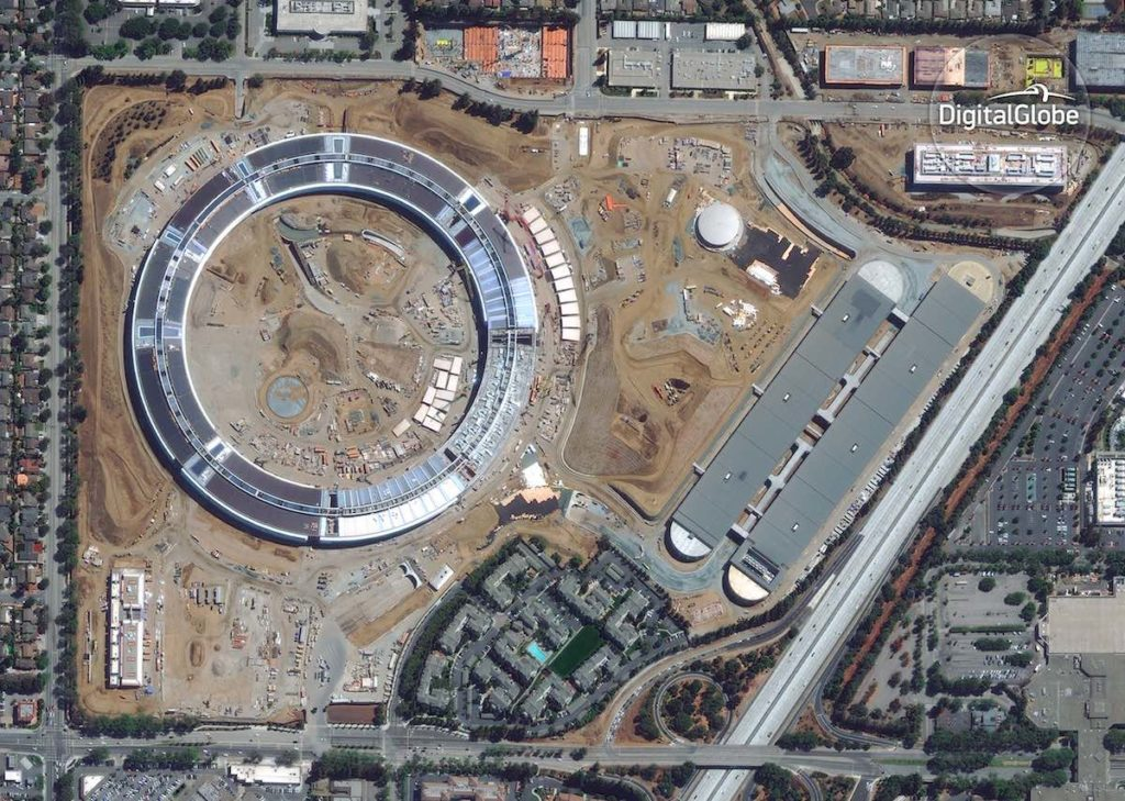 06 Apple_HQ_Cupertino_CA_GE1_3SEP2016 wm