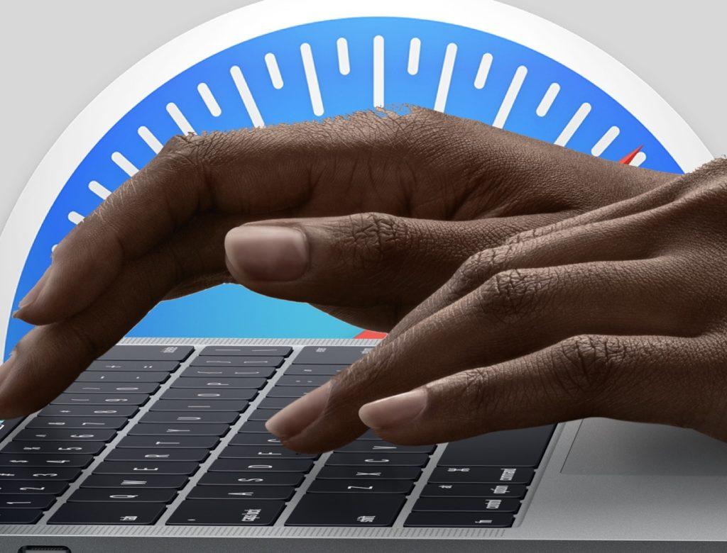 A safari logo and hands on a Mac keyboard