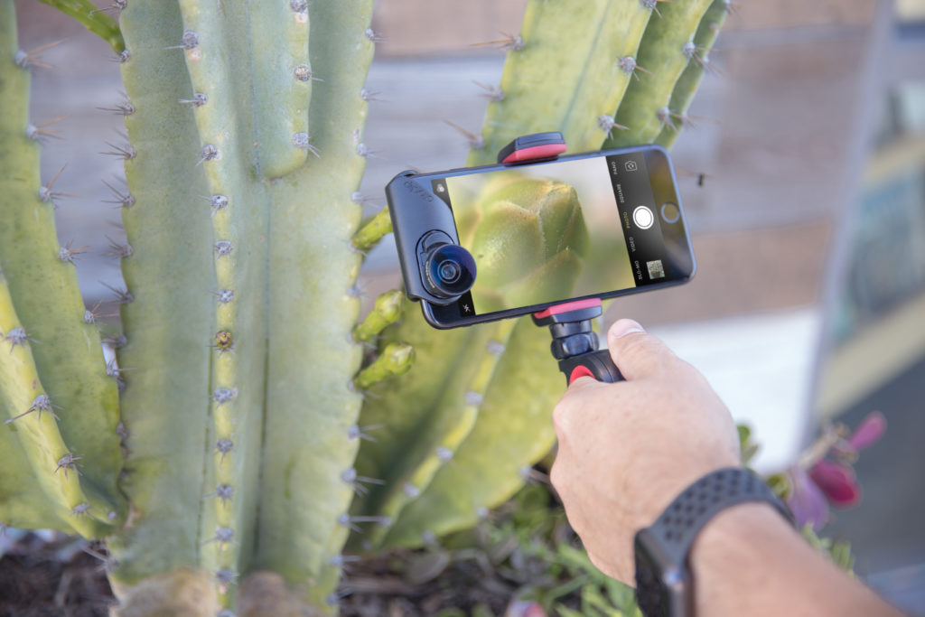 10 essential iPhone photography accessories