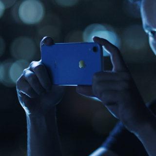 Man iPhone XR