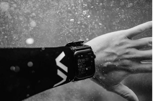 Don't lose your watch under water